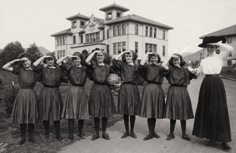1909 Womens Basketball