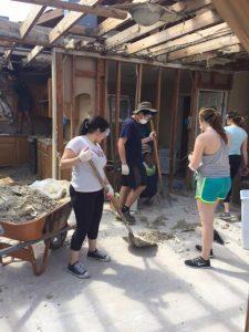 Students Making Catrina Repairs