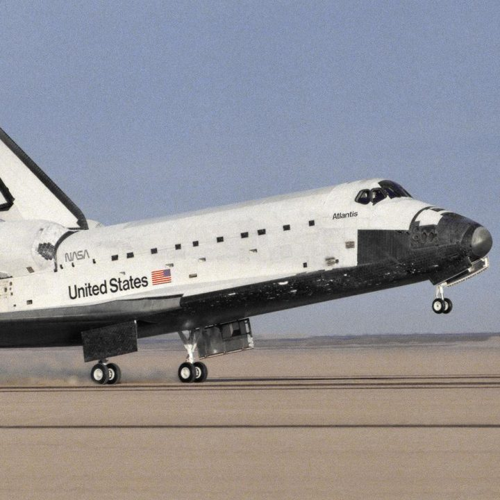 The Space Shuttle Atlantis touches down at Edwards Airforce Base